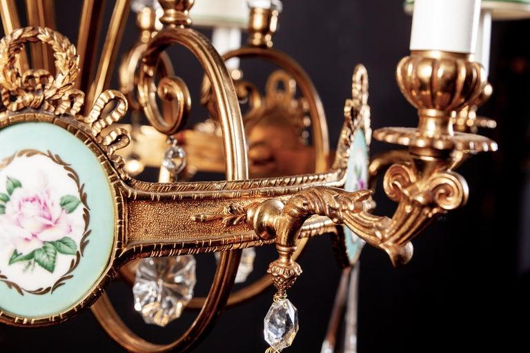 Art Deco Italian Brass Chandelier with Charming Porcelain Insert, 1940 For Sale 4