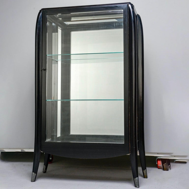 Art Deco Italian Glazed Cabinet with Glass Shelves For Sale 5