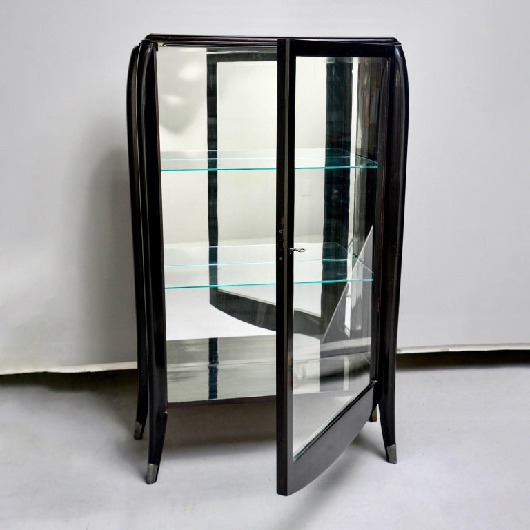 Art Deco Italian Glazed Cabinet with Glass Shelves For Sale 3