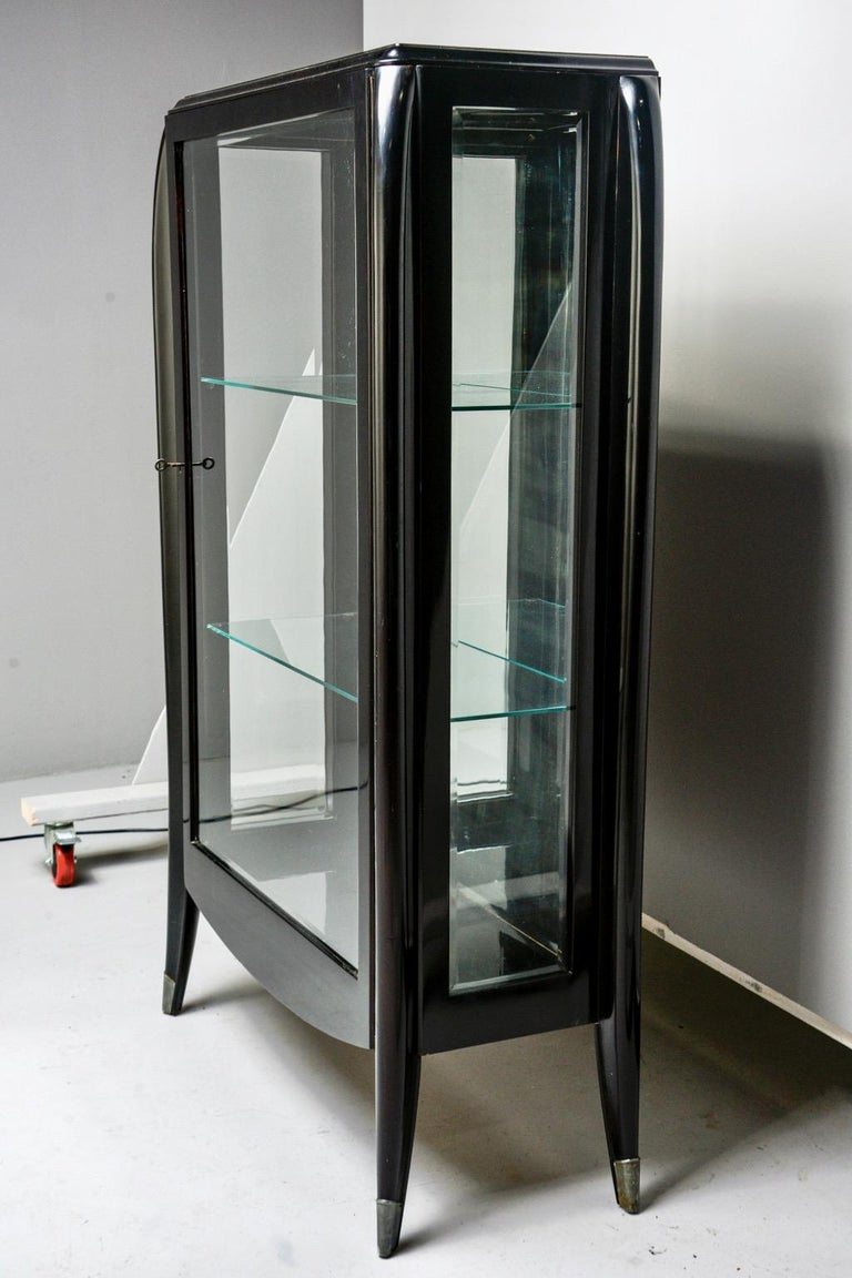 Art Deco Italian Glazed Cabinet with Glass Shelves For Sale 4