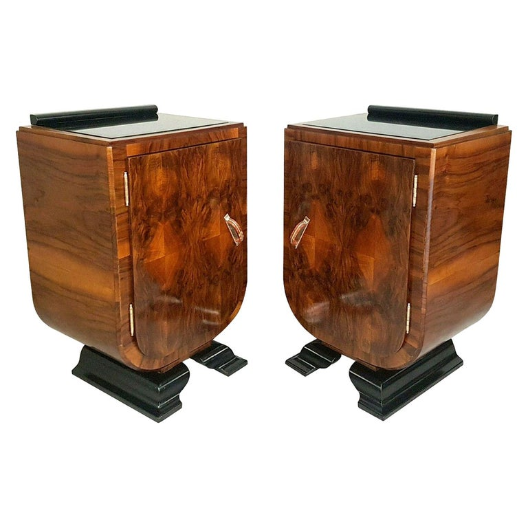 Art Deco Italian Pair of Matching Bedside Table Cabinets, circa 1930 For Sale