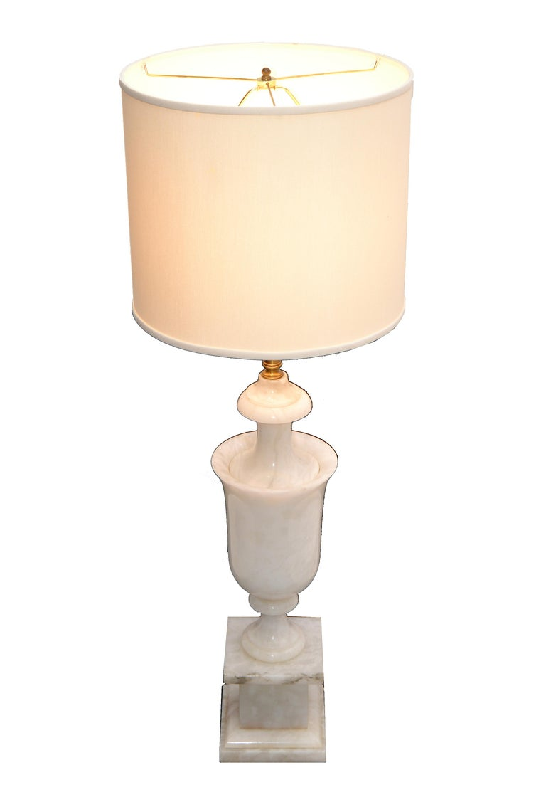 Hand-Carved Art Deco Italian White Carrara Marble Hand Carved Table Lamp For Sale