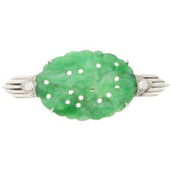 Art Deco Jade and Diamond Brooch Pin Set in White Gold and Platinum