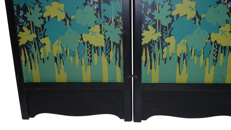 Art Deco Japanesque Silk Screen on Wood Folding Screen, American, circa 1920 For Sale 1