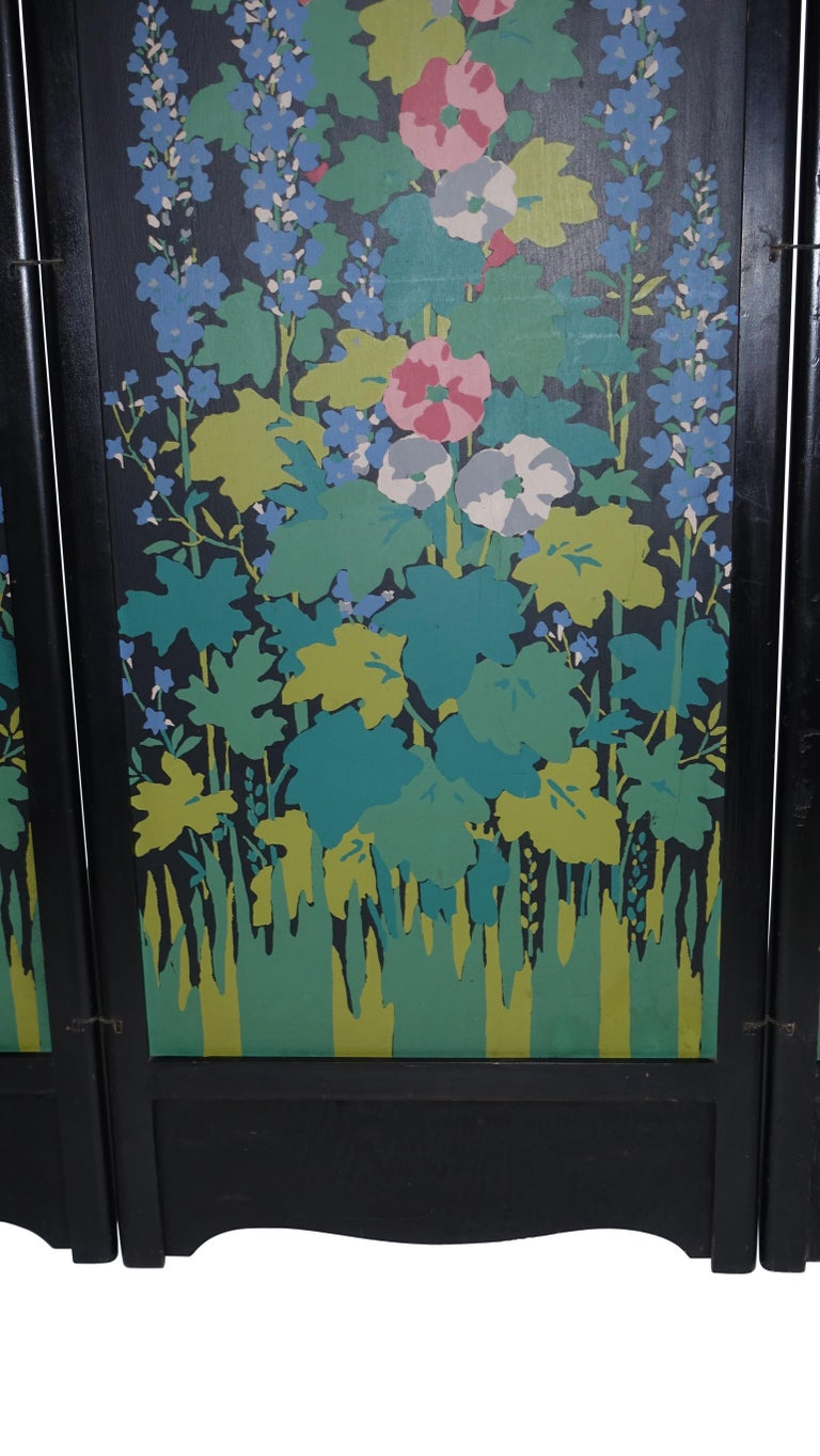 Art Deco Japanesque Silk Screen on Wood Folding Screen, American, circa 1920 For Sale 2