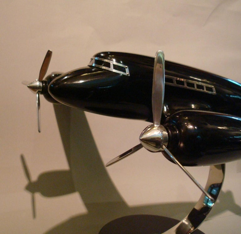 Art Deco Lacquer Wood Airplane Model, France, 1930s In Good Condition For Sale In Buenos Aires, Olivos