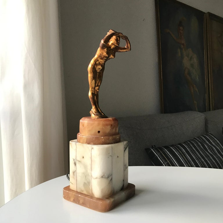Art Deco Lady Figurine Table Lamp In Good Condition For Sale In Copenhagen, DK