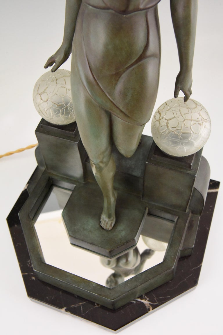 Art Deco Lamp with Lady Fayral, Pierre Le Faguays, Max Le Verrier Original, 1930 For Sale 4