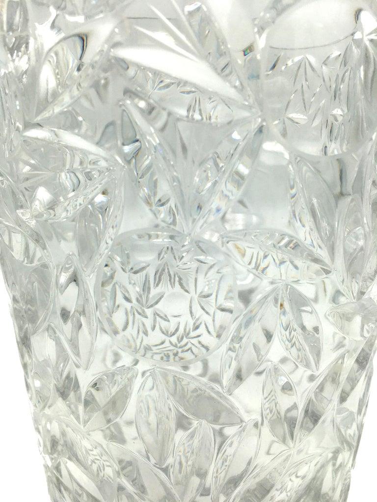 Art Deco Large Vintage Lead Crystal Cut Vase, circa 1940 For Sale 3