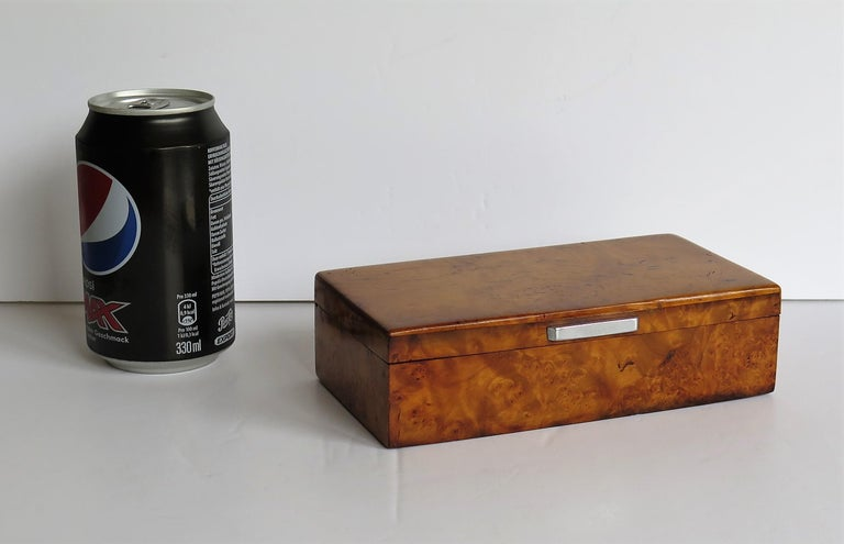 Art Deco Lidded Box of Bird's-Eye Maple with Chrome Handle, French circa 1925 For Sale 13