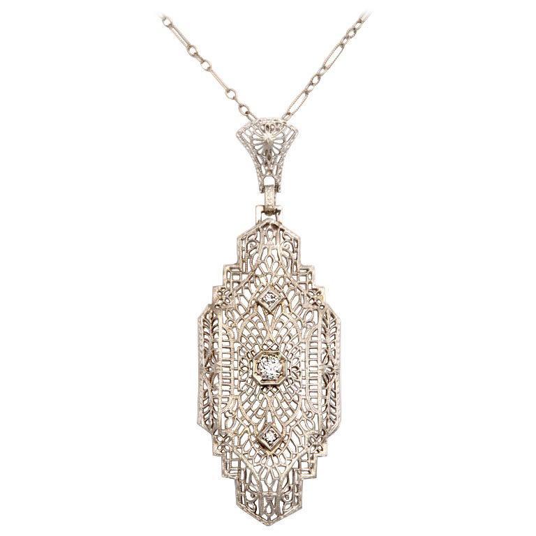 Art Deco 'Lighter than Air' Diamond Pendant For Sale