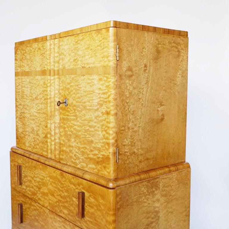 Art Deco Linen Cabinet Satin Birch and Walnut Veneered, English, Circa 1935 5