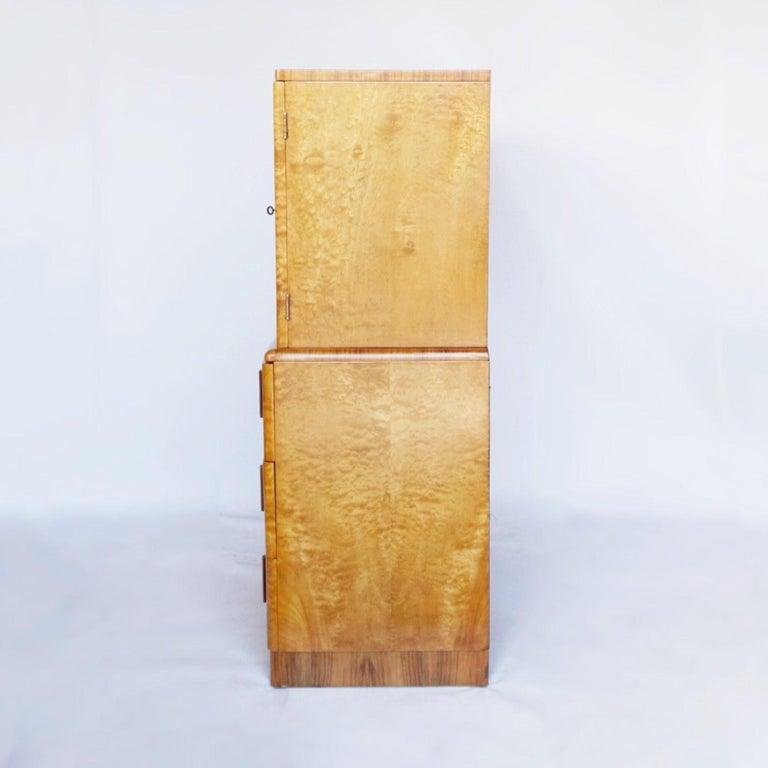 Art Deco Linen Cabinet Satin Birch and Walnut Veneered, English, Circa 1935 6