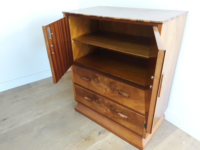 20th Century Art Deco Linen Press For Sale