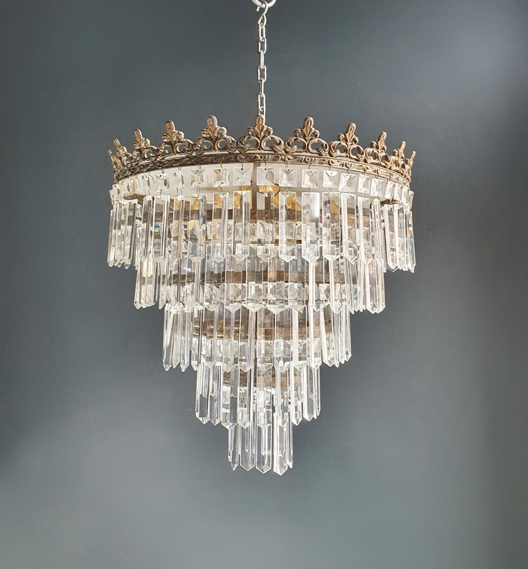 Low ceiling crystal chandelier brass. Cabling completely renewed. Crystal hand knotted. Measures: Total height 65cm, height without chain 43 cm, diameter 40 cm. weight (approximately) 8 kg.  Number of lights: 4-light bulb sockets: E14  Rewired