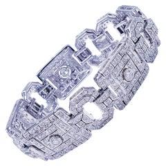 Art Deco Luxurious 10 Carat Diamond Bracelet 18 Karat White Gold