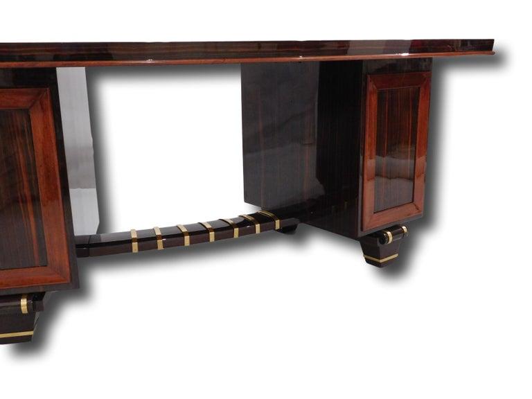 Polished Art Deco Macassar Pedestal Desk in the Manner of Émile-Jacques Ruhlmann, 1930 For Sale