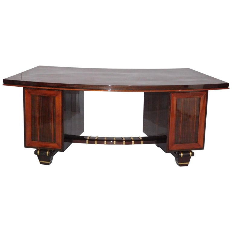 Art Deco Macassar Pedestal Desk in the Manner of Émile-Jacques Ruhlmann, 1930 For Sale