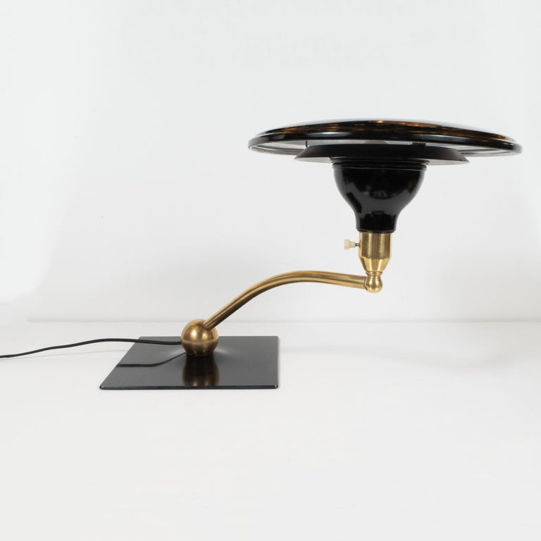 Art Deco Machine Age Black Lacquer and Brass Swing Arm Table Lamp In Excellent Condition For Sale In New York, NY