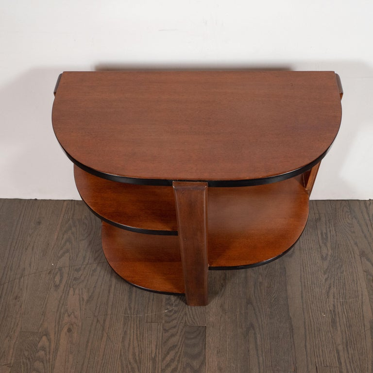 Art Deco Machine Age Bookmatched Walnut & Black Lacquer 4-Tier End/Side Table In Excellent Condition For Sale In New York, NY