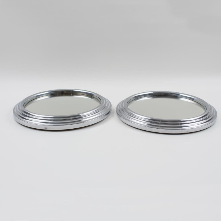 Art Deco Machine Age Chrome and Mirror Cocktail Serving Tray In Good Condition For Sale In Atlanta, GA