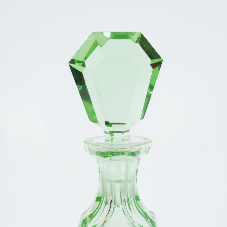 Mid-20th Century Art Deco Machine Age Czech Five-Piece Faceted Emerald Glass Decanter Set For Sale