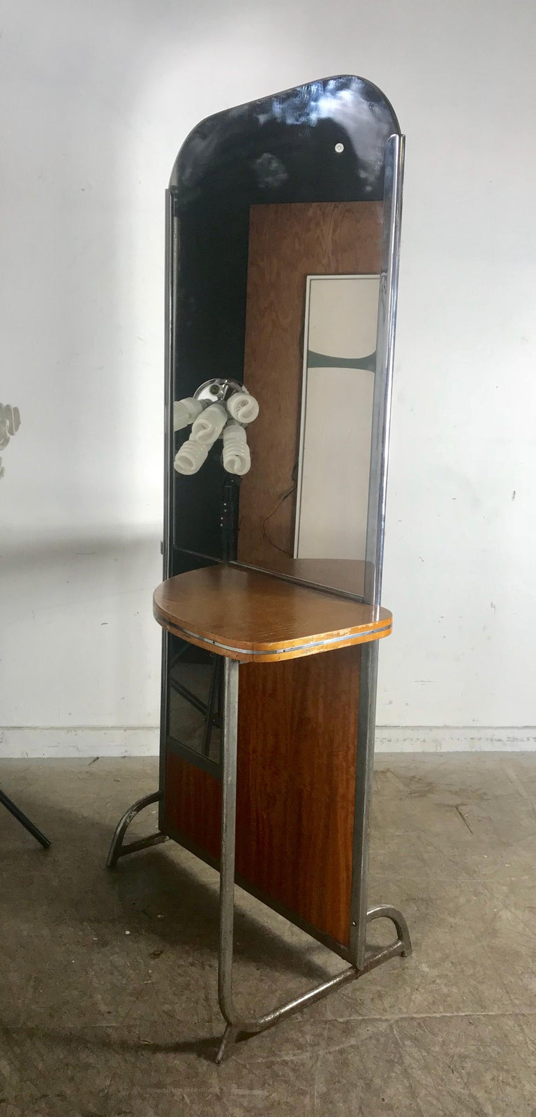 Mid-20th Century Art Deco Machine Age Double Sided Theater Dressing Room Table,Vanity Mirror For Sale