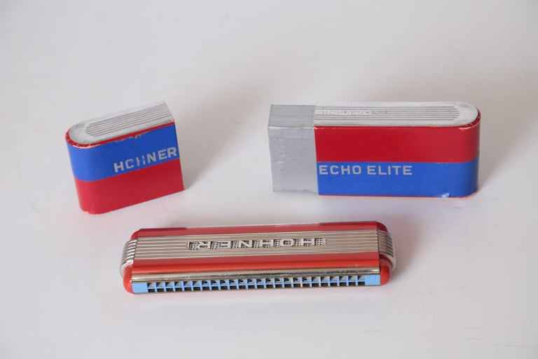 Art Deco Machine Age John Vassos Streamline Harmonica for Hohner, circa 1936 In Good Condition For Sale In Dallas, TX