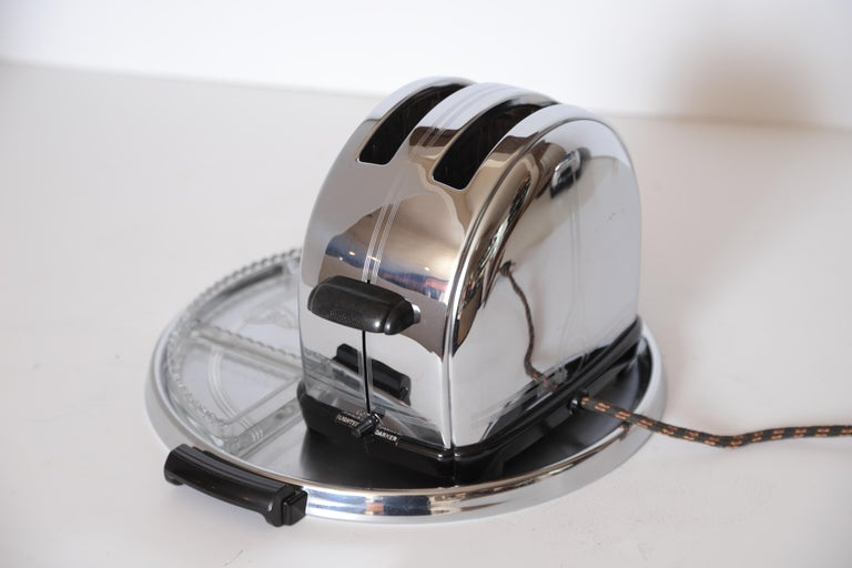 American Art Deco Machine Age Sunbeam T-9 Toaster Iconic Patented Complete Breakfast Set For Sale