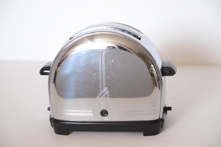 Mid-20th Century Art Deco Machine Age Sunbeam T-9 Toaster Iconic Patented Complete Breakfast Set For Sale