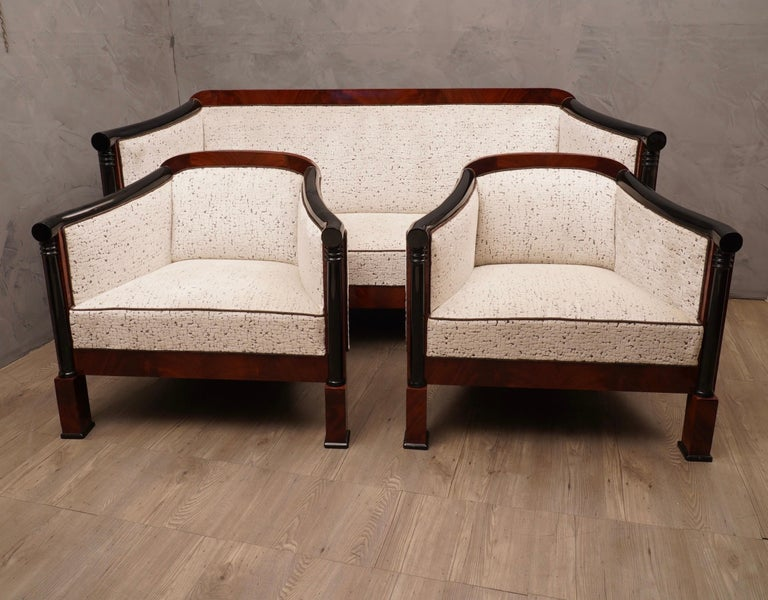 Art Deco Mahogany Wood and White Velvet Armchairs, 1940 In Good Condition For Sale In Rome, IT
