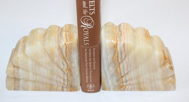 Art Deco Marble Bookends Hand Carved Scallop Shell Design, French, Ca 1940s For Sale 7
