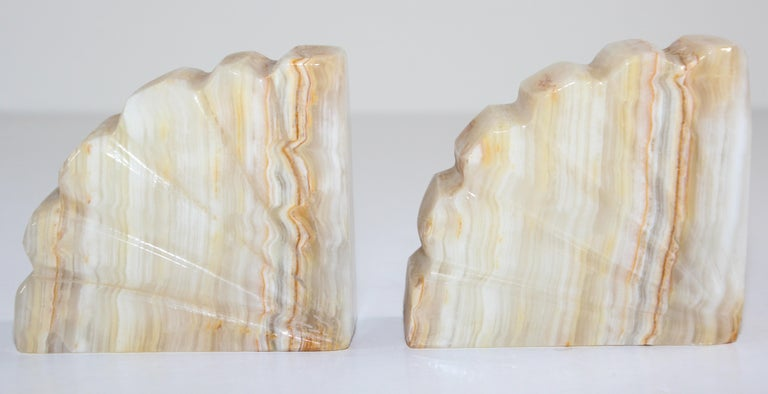 Art Deco Marble Bookends Hand Carved Scallop Shell Design, French, Ca 1940s For Sale 1
