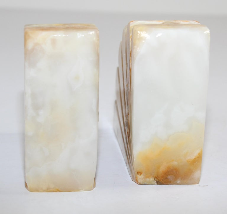 Art Deco Marble Bookends Hand Carved Scallop Shell Design, French, Ca 1940s For Sale 3