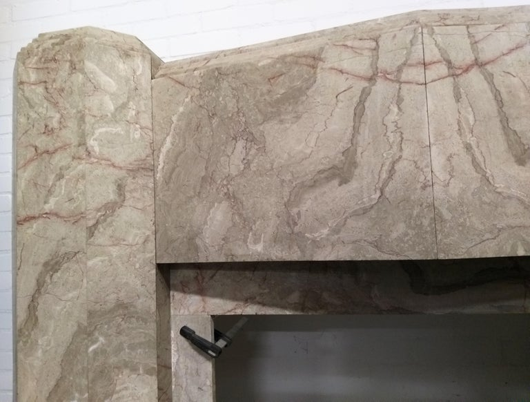 ART DECO Marble Fireplace Epoque In Good Condition For Sale In Gembloux, BE