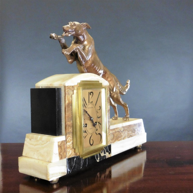 Early 20th Century Art Deco Marble Mantel Clock For Sale