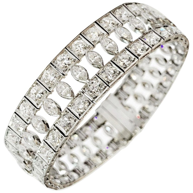 Art Deco Marquise and Round Old Cut Diamond Platinum Bracelet, circa 1920s For Sale