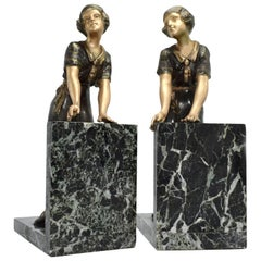 Art Deco Matching Pair of Figural Bookends, circa 1930s