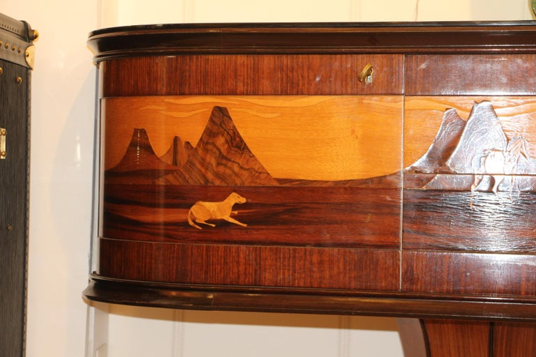 Art Deco Midcentury Italian Sideboard with Inlay by Vittorio Dassi, Credenza In Good Condition For Sale In Saint-Ouen, FR