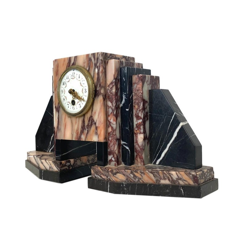 Hand-Crafted Art Deco Moderne Marble Bookends Mantle Clock, French, circa 1930s For Sale