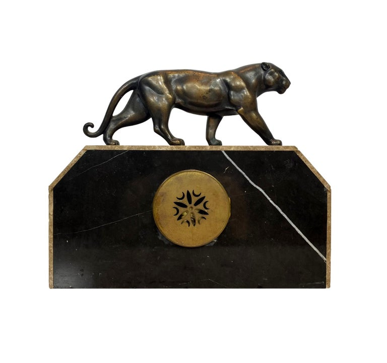 Art Deco Moderne Marble Mantel Clock with Panther, French, circa 1930s  For Sale 4
