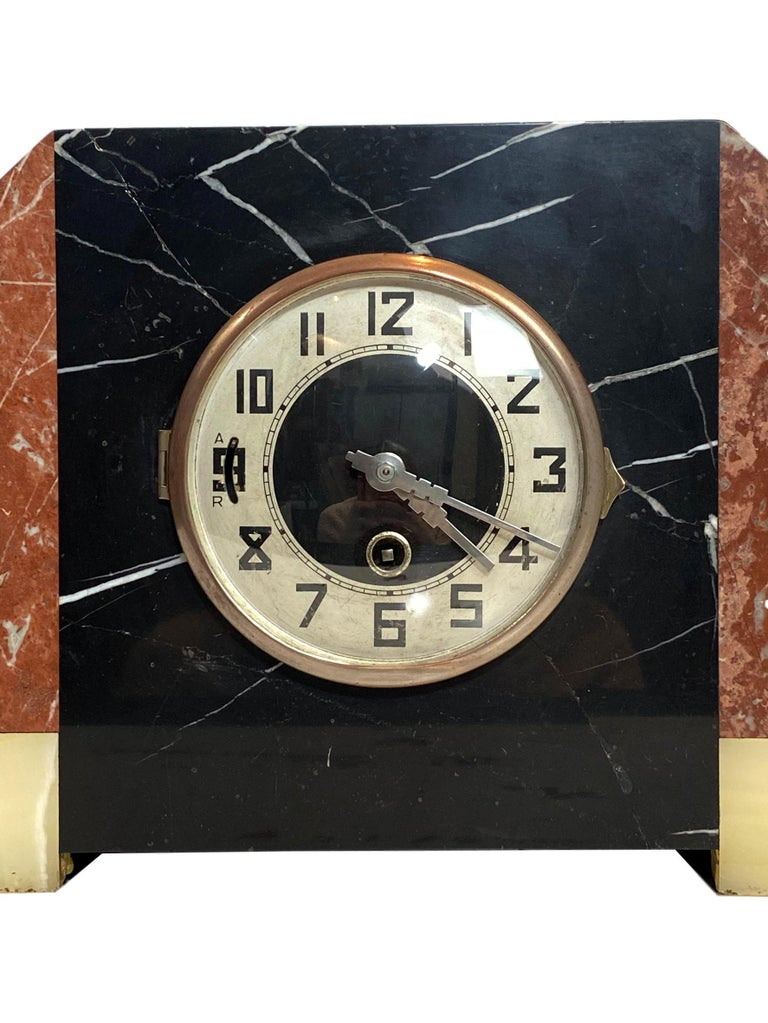 Art Deco Moderne Three-Piece Marble Clock Set, French, circa 1930s For Sale 1