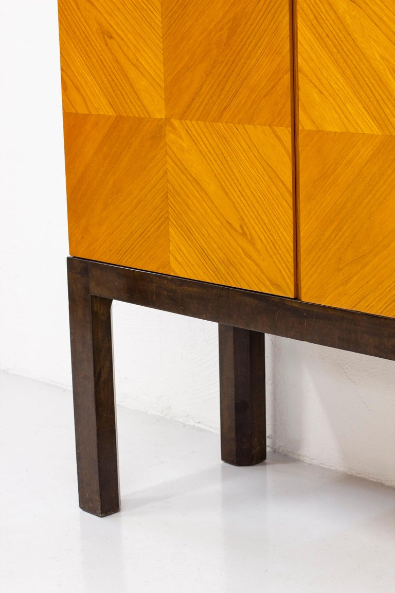 Art Deco/ Modernist Cabinet in the Style of Otto Schulz, Sweden, 1930s For Sale 3