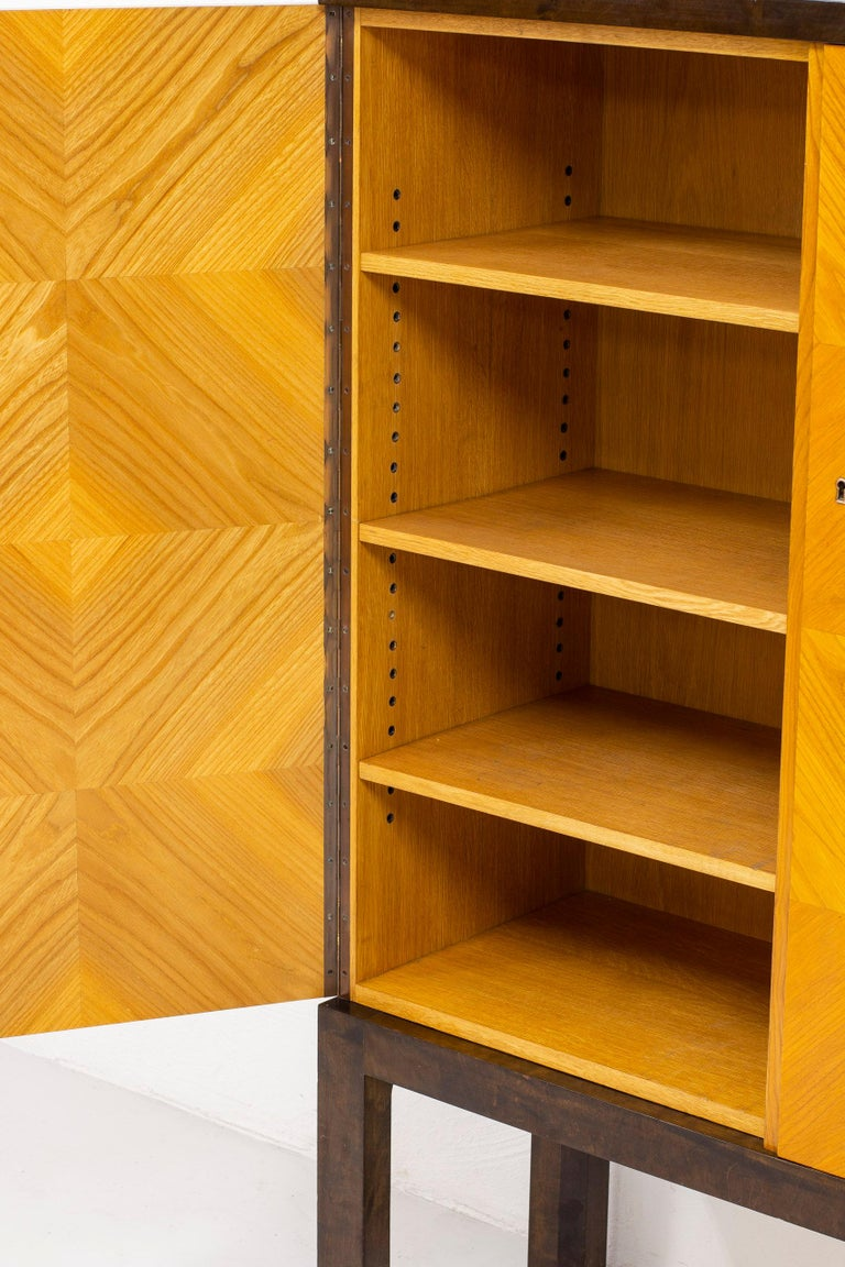 Art Deco/ Modernist Cabinet in the Style of Otto Schulz, Sweden, 1930s For Sale 2