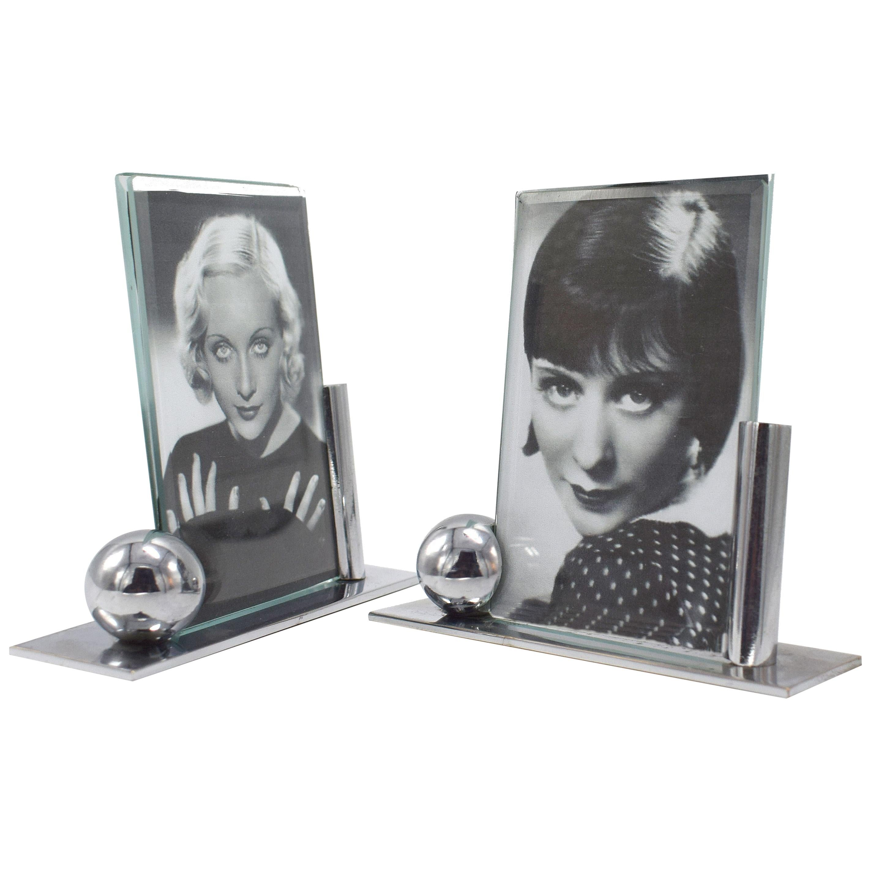 Art Deco Modernist Pair of Matching Chrome Picture Frames, circa 1930s