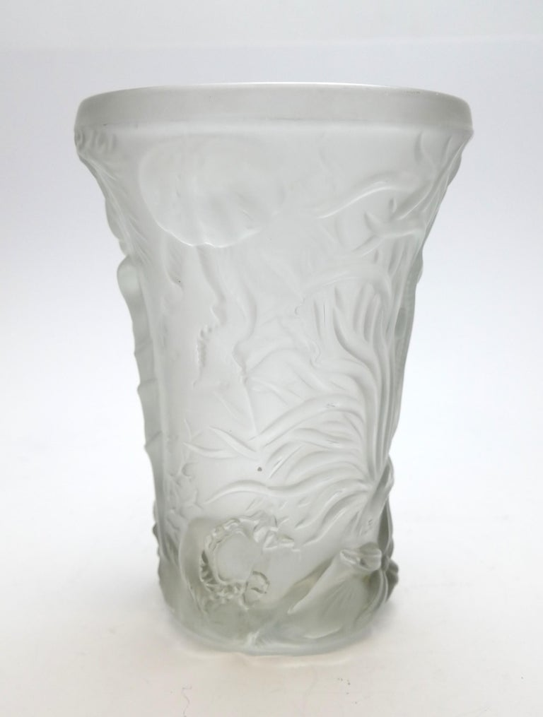 Art Deco Molded Pressed Glass Vase in Lalique Style In Excellent Condition For Sale In Budapest, HU
