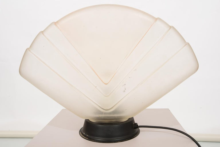 Hand-Crafted Art Deco Murano Table Lamp  For Sale