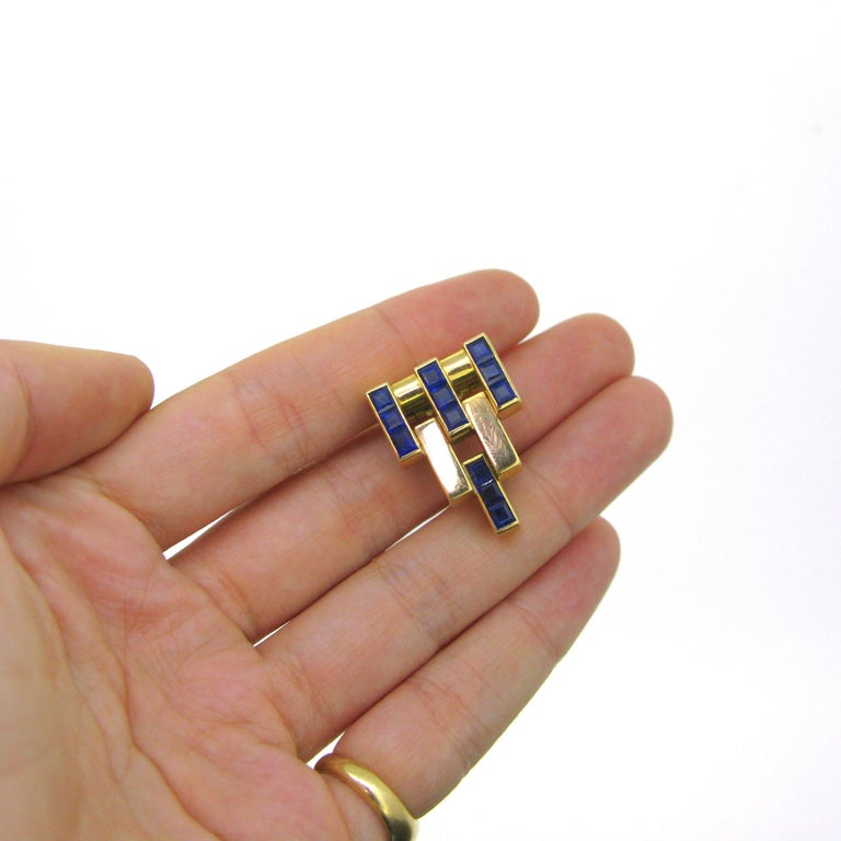 Art Deco Natural Sapphires Geometric Pyramid Dress Clip For Sale 2