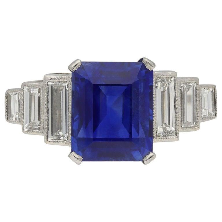 Art Deco Natural Unenhance Ceylon Sapphire and Diamond Ring, English, circa 1925 For Sale