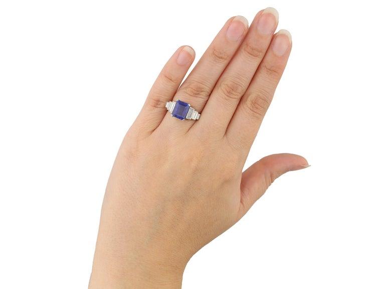 Women's or Men's Art Deco Natural Unenhance Ceylon Sapphire and Diamond Ring, English, circa 1925 For Sale